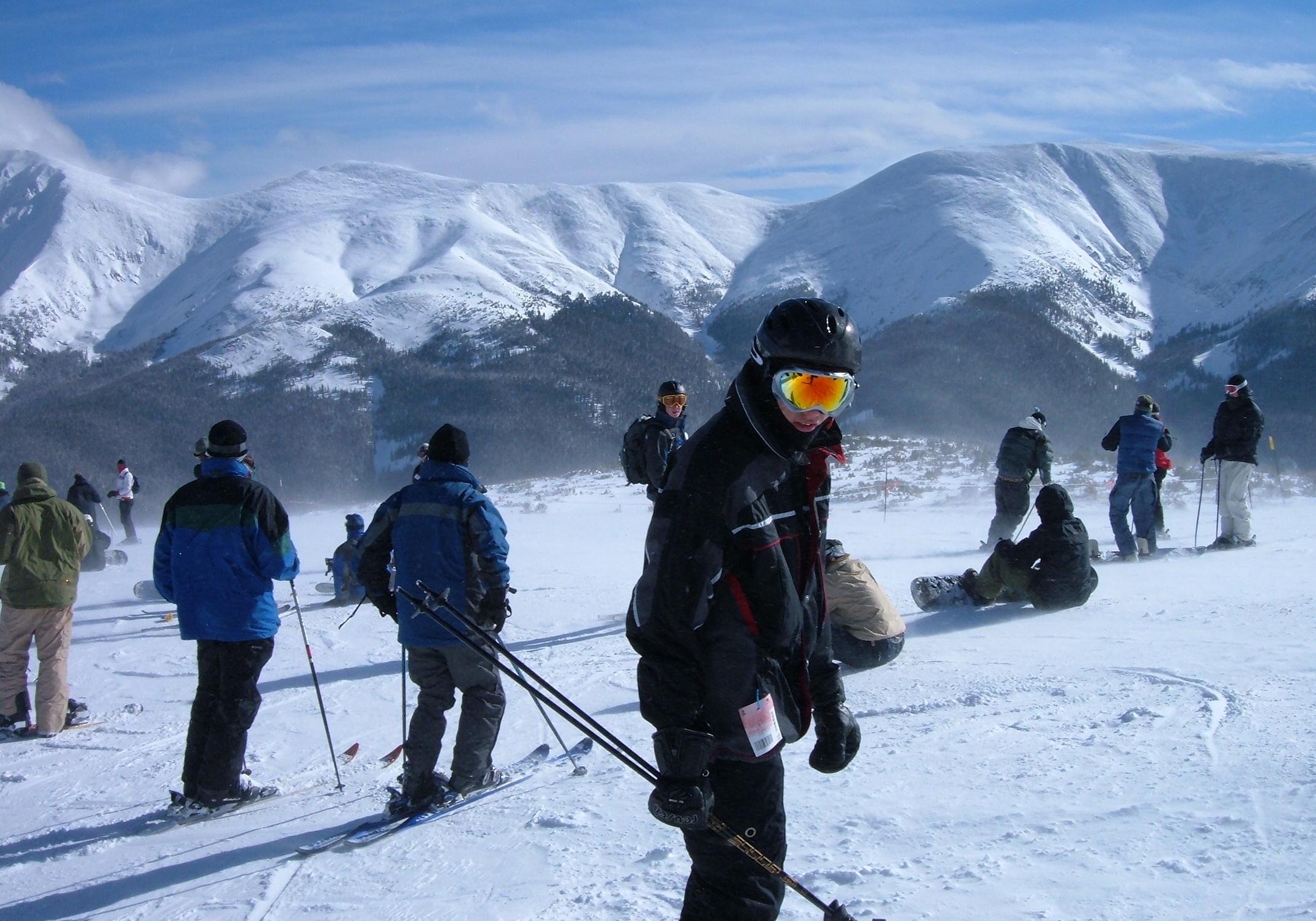 snowboarding , skiing, apine skiing
